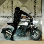 moto brixton néo-rétro